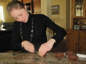 Cupcake slicing pro.